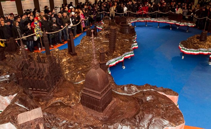 Chocolate-heaven-life-size-chocolate-works-of-art